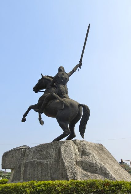 मराठ्यांचा दुर्दैवी छत्रपती, मराठ्यांचा छत्रपती, करवीर, भद्रकाली ताराराणी, चौथे शिवाजी, मराठा आणि केसरी, कारस्थानी ब्राम्हण, Hutatma Karveer Chatrapati Chauthe Shivaji Maharaj, Shivaji IV was Raja of Kolhapur, मराठ्यांच्या इतिहास, Maratha History
